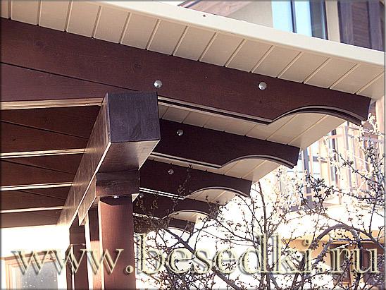 деревянный козырёк крыши